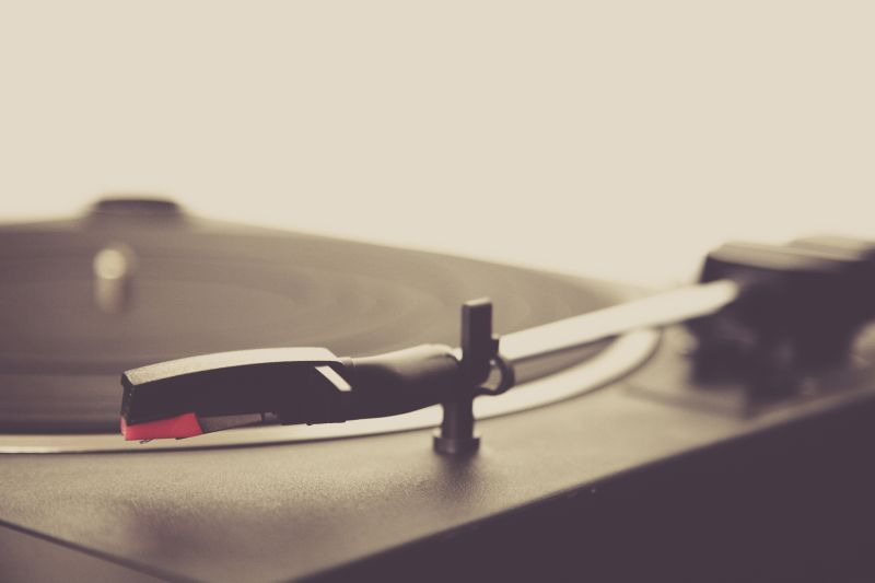 record player by markus spiske